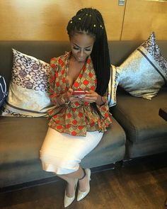 Ankara always helps you make a bold fashion statement. Ankara tops are one of the hottest things in the fashion world right now, and the are super creative and fashionable. Check out these amazing Ankara. African Fashion Designers, Latest African Fashion Dresses, Ankara Tops, Ankara Styles, Fashion 2017, Bold Fashion, Africa Fashion, African Attire, African Hairstyles