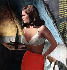 """"""" Claudia Cardinale stripped to her bra """" Claudia Cardinale: only a few roles in Hollywood movies, notably alongside Sharon Tate and Tony… """" View Post """" Claudia Cardinale, Catherine Deneuve, Classic Hollywood, Old Hollywood, Divas, Italian Actress, Sharon Tate, Italian Beauty, Marylin Monroe"""