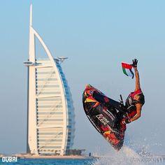 #Dubai its Flag Day and everyone celebrates on his own way ➖➖➖➖➖➖➖➖➖➖➖➖➖➖➖➖➖ Photo Credit : @rashidalmulla3