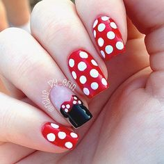 Minnie Mouse Nails by me! Check out my Instagram: @nails_by_erin