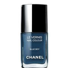 It could be the poopiest color and I'd still wear it because its Chanel. But I do like this color :)