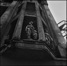 Don McCullin, the impossible peace  American Soldiers in Berlin 1961 (Don McCullin / Contact Press Images)