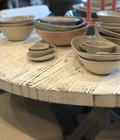 Wonki ware ceramics looking pretty on our locally made dining table  #beachwood #avalon #warriewood #table #locallymade #reclaimed #timber #ceramics #homewares