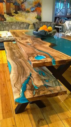 Epoxy Wood Table, Chihiro Y Haku, Log Home Kitchens, Wood Table Design, Wood Store, Cool Tables, Log Homes, Resin Art, Wood Paneling