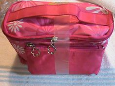 '2 piece set cosmetic bags Brand New' is going up for auction at  8am Tue, Jun 11 with a starting bid of $7.