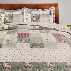 Shop QE Home | Quilts Etc for Canada's largest selection of affordable quilts, coverlet sets and duvet cover sets to match any bedroom theme or décor. Perfect bedspreads for childrens bedrooms, kids bedding, boys bedding, girls bedding, teen bedding.