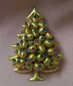 RARE Hattie Carnegie Christmas Rhinestone Brooch Pin Signed | eBay