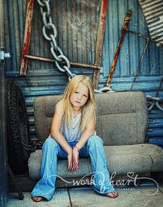 love the set up. Photo. Photography. Children. Girl. I could do this background.