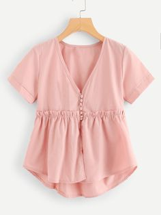 SheIn offers Frill Trim Dip Hem Top & more t. SheIn offers Frill Trim Dip Hem Top & more to fit your fashionable needs. Source by rebekahovercast - Belted Shirt Dress, Tee Dress, Shein Dress, Cute Outfits, Fashion Outfits, Fashion Top, Fashion Women, Fashion Online, Fashion Trends