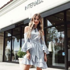 Had such a great time yesterday at @intermixonline hosting their #bestdressedguest event! Afterward I ran some errands in this dress and never in my life have so many people stopped me to ask where it was from