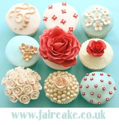 Wedding cupcakes - Wedding - Coral and Blue - Pearls - Flowers