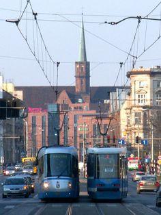 ul.Piotra Skargi, w tle pl.Dominikański i kościół św.Wojciecha Train Light, Ul, Genius Loci, Light Rail, Poland, Street View, City, World, Places