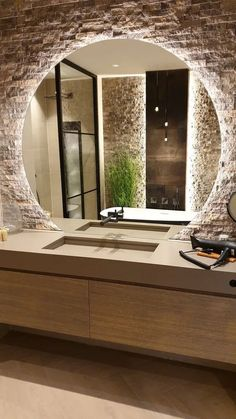 Stunning modern bathroom with a large round LED mirror combined with a Diresco Belgian Sand quartz composite sink Bathroom Design Luxury, Modern Bathroom Design, Modern House Design, Modern Large Bathrooms, Modern Bathroom Mirrors, Industrial Bathroom, Bathroom Designs, Home Room Design, Dream Home Design
