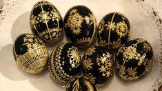 Zdobení kraslic slámou (Kraslice / Easter Eggs Decorated with Straw Types Of Eggs, Egg Shell Art, Ukrainian Easter Eggs, Egg Art, Egg Decorating, Egg Shells, Easter Crafts, Easy Diy, Wood