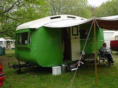 Google oldtimer caravan