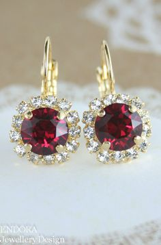 Most current Pictures Bridal Earrings ruby Tips Wedding jewellery can be an integral part of a bridesmaid look Its your big day consequently de Ruby Jewelry, Ruby Earrings, Rose Gold Earrings, Dangle Earrings, Diamond Earrings, Ruby Crystal, Swarovski Crystal Earrings, Crystal Jewelry, Bridesmaid Earrings