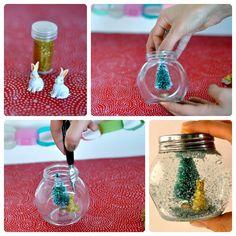 Cómo hacer una bola de nieve para Navidad Dollar Tree Christmas, Winter Christmas, Christmas Time, Christmas Crafts, Christmas Ornaments, Crafts With Glass Jars, Jar Crafts, Diy And Crafts, Diy Weihnachten