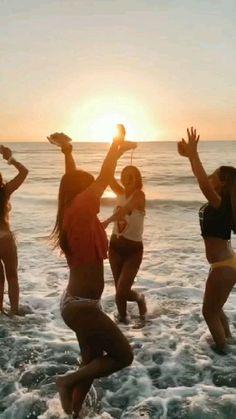 s q u a d g 0 a l s summer vibes, bff Squad Pictures, Bff Pictures, Best Friend Pictures, Summer Pictures, Beach Pictures, Bff Pics, Photos Bff, Videos Instagram, Photo Instagram