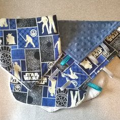 Geeky Baby  Star Wars Gift Set  Bib Taggie and by TheRainbowPhairy, £18.00