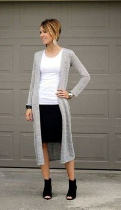40 Casual Work Outfits for Women Over 50 c59081cea