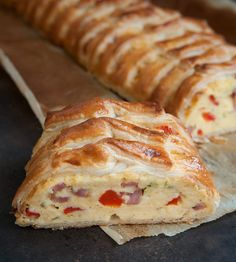 Strudel, Bistro Food, Bbq Bacon, Burger, Easy Snacks, Pizza, High Tea, Clean Eating Snacks, Tasty Dishes
