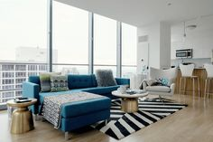 The Worst Home Staging Advice Real Estate Experts Have Ever Heard Cheap Living Room Sets, Small Living Rooms, Living Room Sofa, Living Room Furniture, Living Room Designs, Modern Furniture, Living Room Decor, Outdoor Furniture Sets, Rustic Furniture