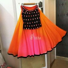 Source by manushifashion Blouses Kids Party Wear Dresses, Kids Dress Wear, Kids Gown, Dresses Kids Girl, Kids Wear, Baby Dresses, Baby Frocks Party Wear, Boy Dress, Baby Frocks Designs