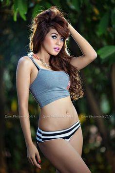 Model memang harus cantik harus sehat harus montok harus berani tampil sangat menggoda sesuai arahan sangfotografer, untuk hasil foto yang maksimal sepertiFoto dewasa Model seksi indonensia yang satu ini TOp 8:sex cewek indo