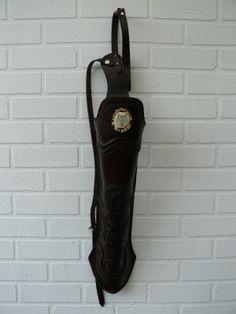 scrimshaw von Gele Schloetmann Rückenköcher