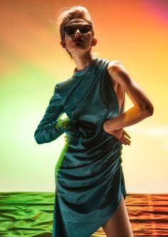 Scream & Shout     Photo Daniel Korzewa     Stylist Nana Chomik     Model Kasia Jujeczka D'Vision     Make-up: Kasia Biały     Hair Adrian Własiuk     Retouch Beauty Retouch