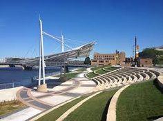 RiverLoop Amphitheatre / Waterloo, Iowa / By Chawne Paige, via Picasa Web Albums Outdoor Stage, Outdoor Theater, Outdoor Venues, Amphitheater Architecture, Water Architecture, Backyard Movie Theaters, Open Air Theater, Landscape Art, Landscape Design