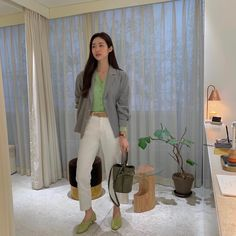 Daily Look, Well Dressed, Business Casual, Korean Fashion, Casual Outfits, Celebs, Style Inspiration, Ulzzang, Cool Stuff