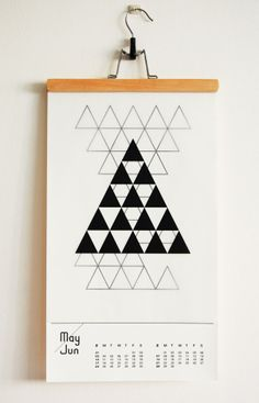 Beautiful B paper calendar