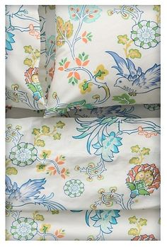 Sunbird sheet set.  These would look great with the blue bed I like for a guest room.
