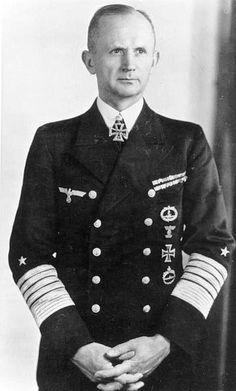 Battle of the Atlantic - May 1943 - Dönitz suspends U-boat operations in the North Atlantic. Viceadmiral Karl Dönitz, commander of German U-boats (BdU), Commander-in-Chief of the German Navy, World History, World War Ii, Karl Dönitz, German Submarines, Germany Ww2, German Uniforms, Nagasaki, German Army, German Men