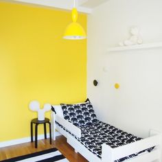 My daughters room, sunny yellow, bright white and pure black. <3 <3