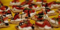 Strawberry, Goat Cheese and Balsamic Bite | Easy Appetizer Recipes For A Big Crowd | Homemade Recipes