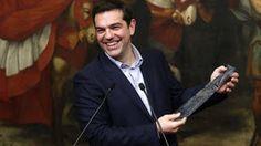 En Arxikos Politis: Τελικά, θα φορέσει… γραβάτα ο Αλέξης Τσίπρας