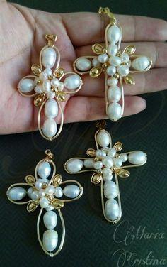 Beaded Earrings, Beaded Jewelry, Pearl Earrings, Handmade Wire Jewelry, Wire Wrapped Jewelry, Imitation Jewelry, Wire Weaving, Jewelry Crafts, Jewelry Making