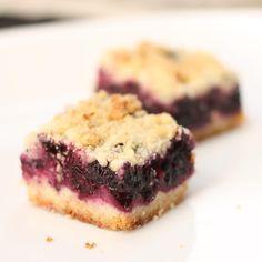 Blueberry Squares - Je suis alimentageuse