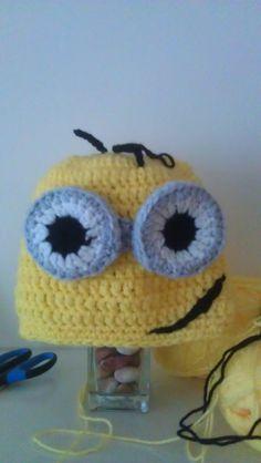 Minion hat 1