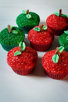 Candy apple cupcakes. Another amazing cupcake to add to our love handles ;-)