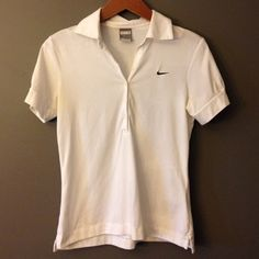 Nike Dri Fit Shirt Super Soft Nike Dry Fit top. Perfect for golf or tennis. Only worn once. Nike Tops Tees - Short Sleeve