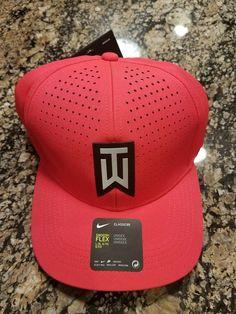 88ac2035790 Nike TW AeroBill Classic 99 Statement Golf Hat Siren Red 845579 Tiger Woods   Nike Tiger