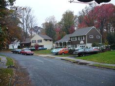 Setting: The neighborhood