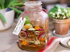Ernsts stekta inlagda strömming Actifry, Mason Jar Wine Glass, Fish And Seafood, Christmas Traditions, Pickles, Cucumber, Tapas, Vegetables, My Favorite Things