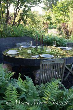 Amazing moss table!! blomsterverkstad | Livet med trädgård, uterum och växter