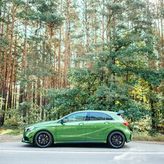 """When Mercedes-Benz re-introduced the A-Class in the radical redesign was presented as the """"heartbeat of a generation."""" This double entendre referred to the brand's new generation … Mercedes A45 Amg, Driving Test, Cars And Motorcycles, Dream Cars, Automobile, Double Entendre, Car Game, Hatchbacks, Vehicles"""