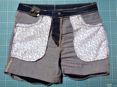 Mädchen brauchen Hosentaschen! - made with Blümchen Patchwork Jeans, Sewing, Pants, Fashion, Jean Bag, Sew Mama Sew, Contrast Color, Summer Clothes, Shorts