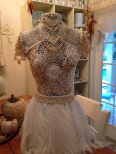 Lace dress form